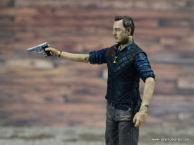 The Walking Dead The Governor TV Series figure review -aiming pistol
