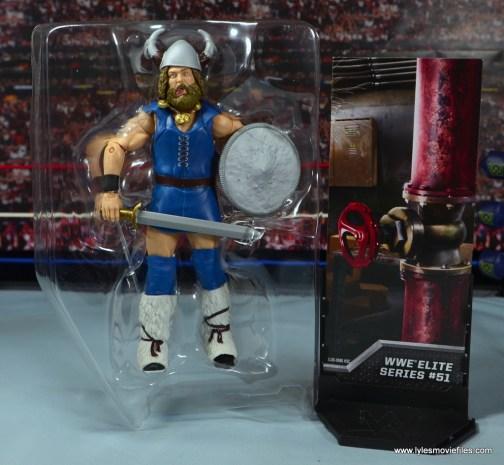 WWE The Berzerker figure review - accessories
