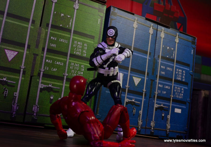 Marvel Legends Bullseye figure review - aiming at Daredevil