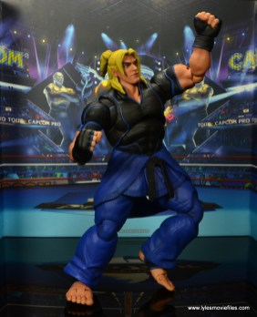 Storm Collectibles Street Fighter V Ken figure review -medium Dragon Punch
