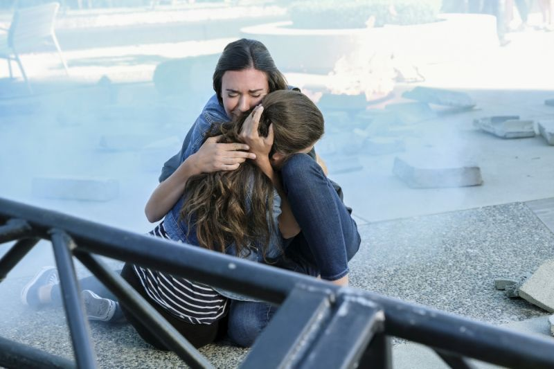 Supergirl The Girl of Steel review - Samantha and daughter