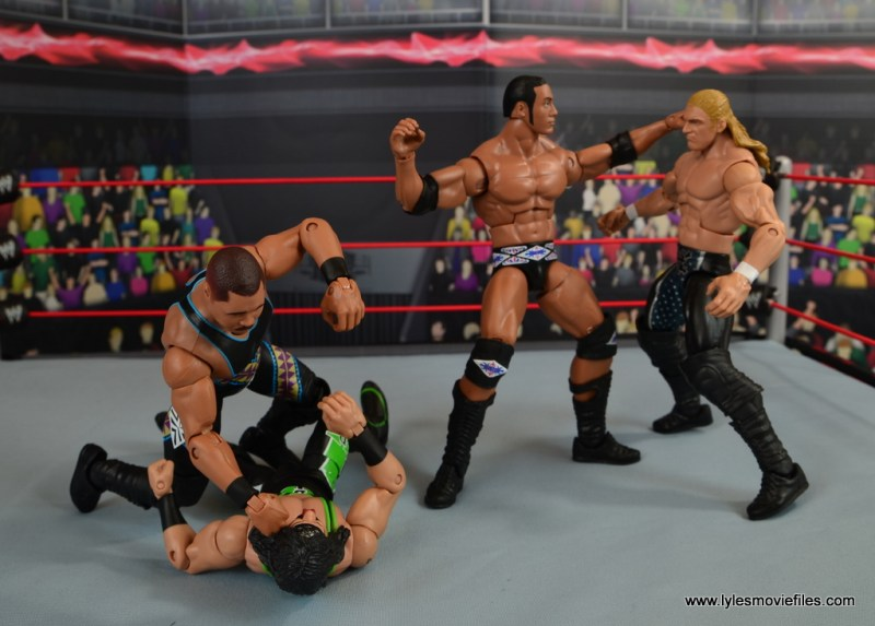 WWE Elite D-Lo Brown figure review - DX vs Nation brawl