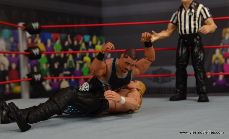 WWE Elite D-Lo Brown figure review - Lo Down on Triple H