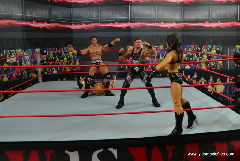 WWE Elite D-Lo Brown figure review -holding off Chyna while Rock does The People's Elbow