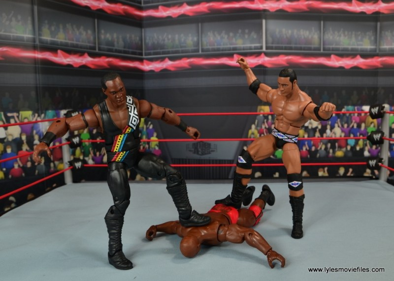 WWE Elite Farooq and The Rock Nation of Domination figure review set - stomping out Ahmed Johnson