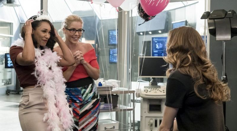 The Flash Girls Night review Iris and Felicity