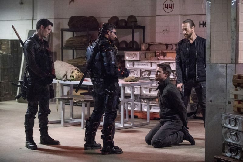 Arrow Promises Kept - Joe and Slade Wilson, Oliver and Nylander
