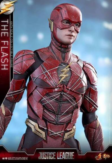 Hot Toys Justice League The Flash figure - long pose