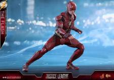 Hot Toys Justice League The Flash figure - wide stance
