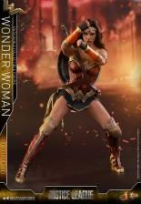 Hot Toys Justice League Wonder Woman figure -charging bracelets