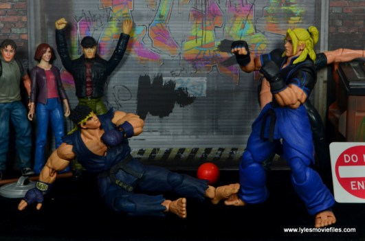 Storm Collectibles Street Fighter V Ryu figure review - medium kick to Ken