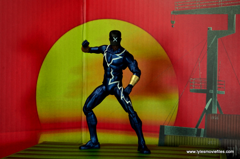 DC Icons Static figure review -ready for battle at sunset