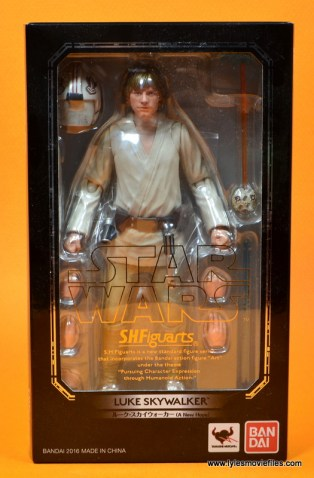 SH Figuarts Luke Skywalker figure review - package front