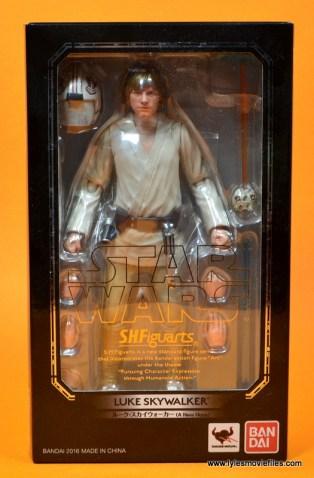 SH Figuarts Luke Skywalker figure review - package front