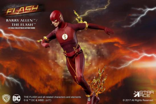 The Flash Real Master Series figure -racing off