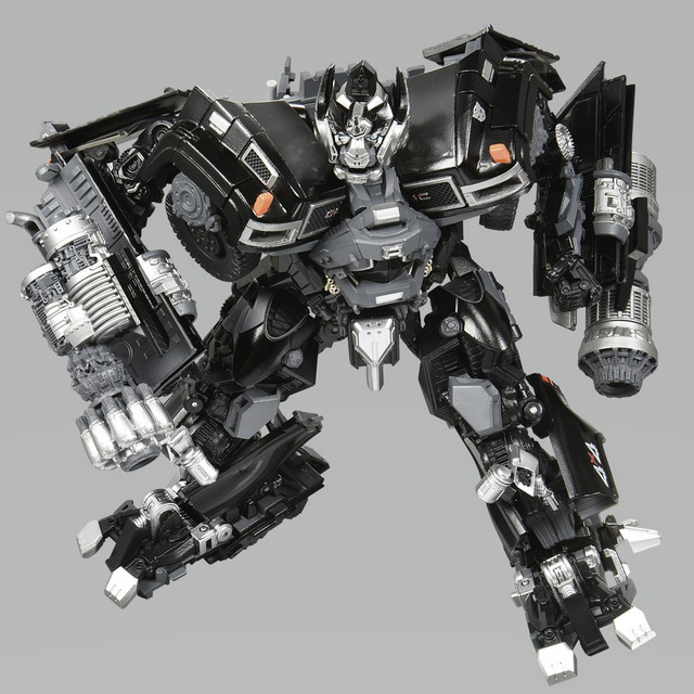 Transformers Masterpiece Series Ironhide_01