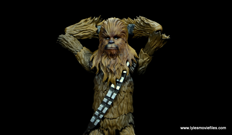 bandai sh figuarts chewbacca figure review - arms behind head