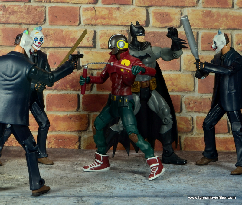dc multiverse duke thomas figure review - with batman vs joker thugs