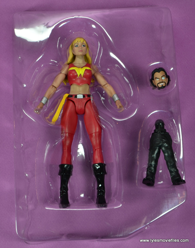 dc multiverse wonder girl figure review - in tray