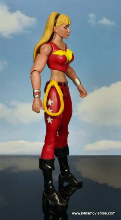 dc multiverse wonder girl figure review - right side
