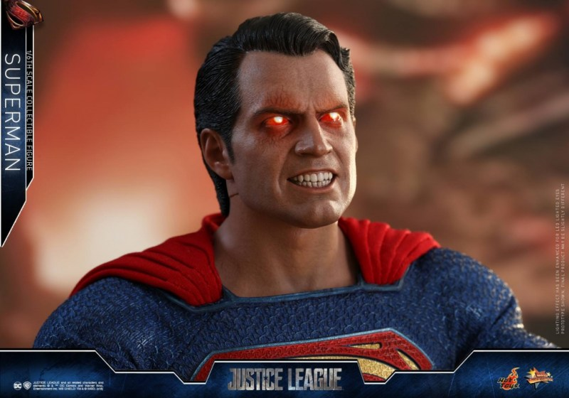 hot toys justice league superman figure review -lit up heat vision eyes