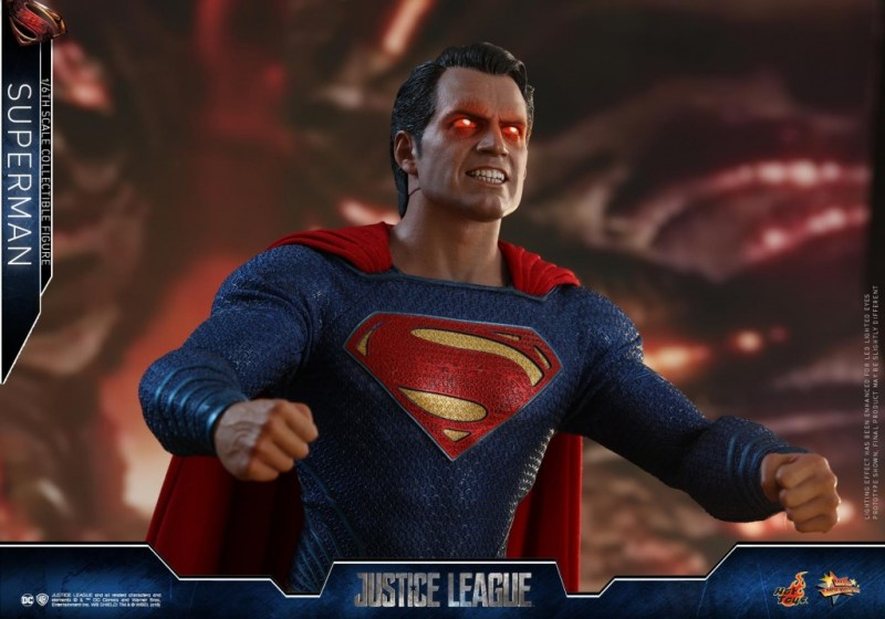 hot toys justice league superman figure review -raging eyes