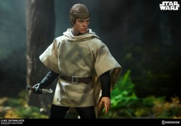 star-wars-luke-skywalker-sixth-scale-figure-sideshow-endor helmet off1