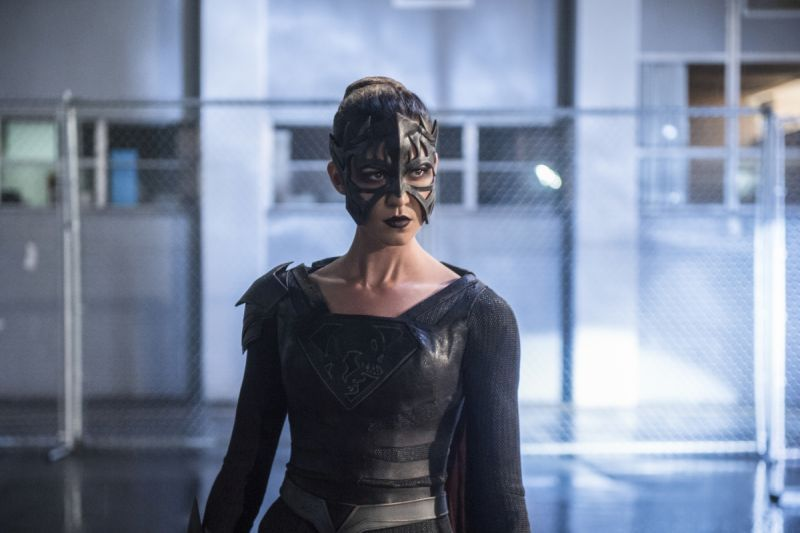 supergirl-legion-of-superheroes-review reign