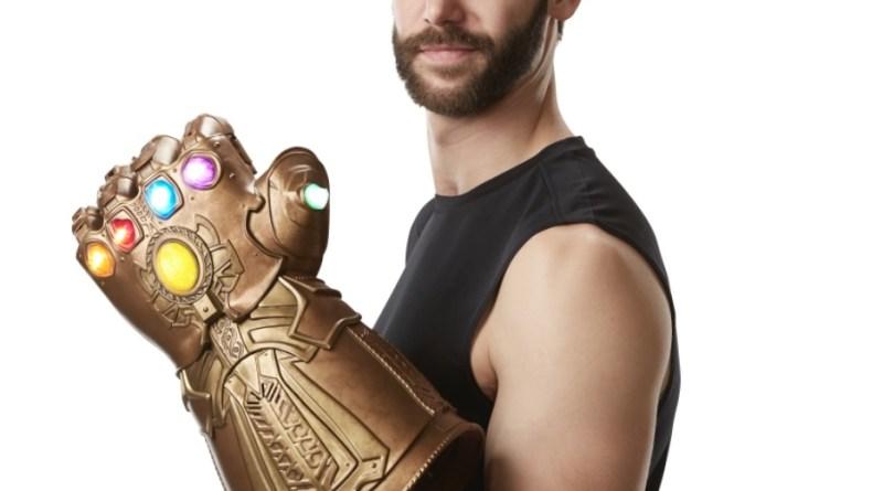 marvel legends infinity gauntlet fist scale