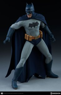 dc-comics-sideshow batman-figure-ready for battle