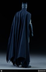 dc-comics-sideshow batman-figure-rear