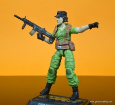 gi joe social clash lady jaye and baroness figure review set - side shot with machine gun