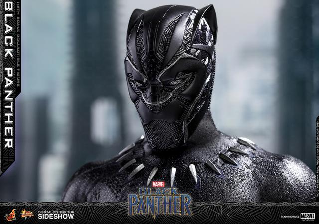 hot toys black panther figure -closeup