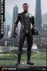 hot toys black panther figure - unmasked