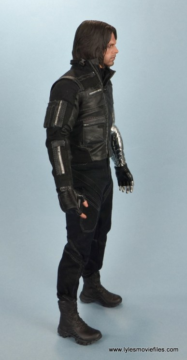 hot toys the winter soldier civil war figure review - right side