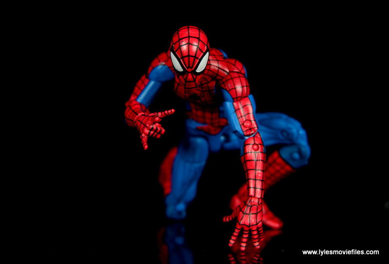 marvel legends retro spider-man figure review -crawling