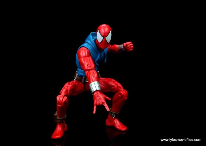 marvel legends scarlet spider-man figure review -crouching