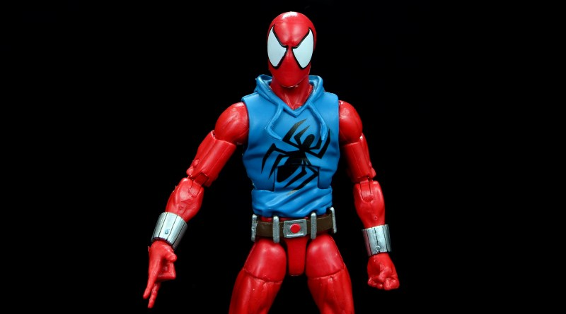 marvel legends scarlet spider-man figure review - main pic