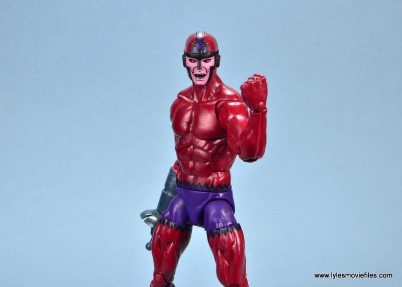 marvel legends shuri and klaw figure review -klaw fist up