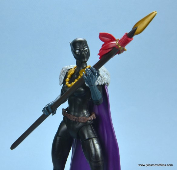 marvel legends shuri and klaw figure review -shuri with spear