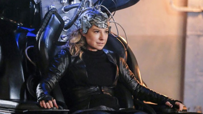 the flash subject 9 review - becky as the thinker