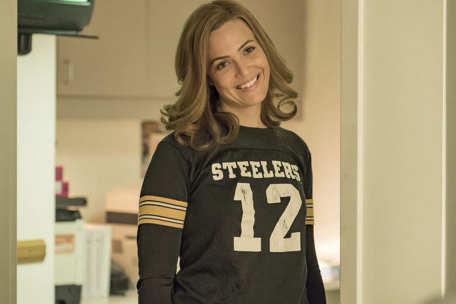 this is us Super Bowl Sunday mandy moore