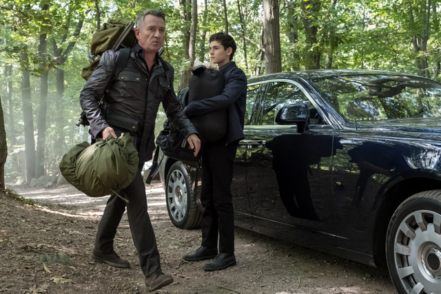 gotham-let-them-eat-pie-review-alfred-and-bruce