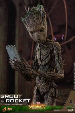 hot toys avengers infinity war groot and rocket figures - groot with tablet
