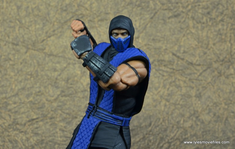 storm collectibles mortal kombat sub-zero figure review - gauntlet detail