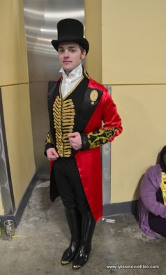 awesome con 2018 cosplay -greatest showman
