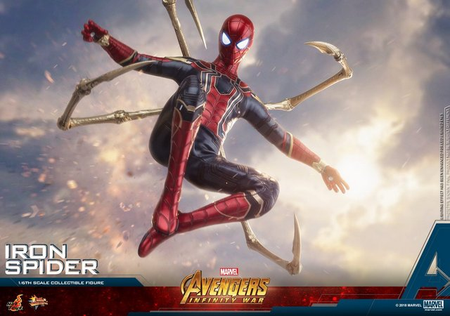 hot toys avengers infinity war iron spider-man figure -landing