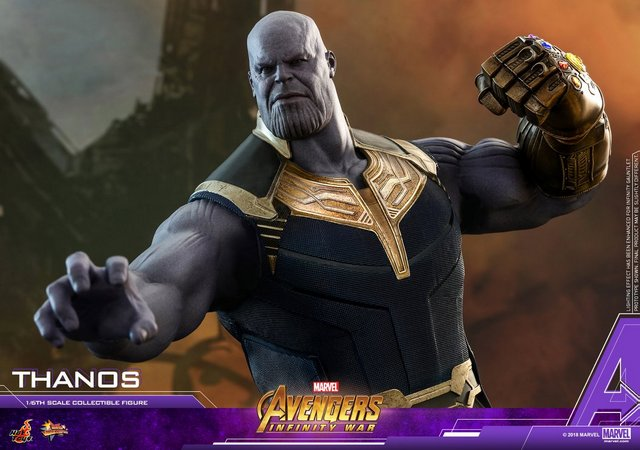 hot toys avengers infinity war thanos figure - about to punch