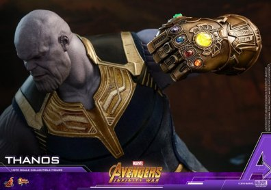 hot toys avengers infinity war thanos figure - infinity gauntlet close up