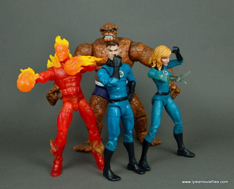 marvel legends mister fantastic figure review - fantastic four ready for battle